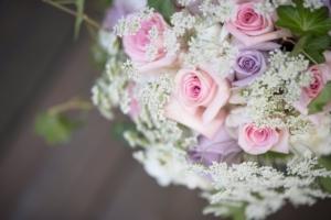 フラワーアレンジメントを英語で表現。お花と英語を一緒に学ぶには?
