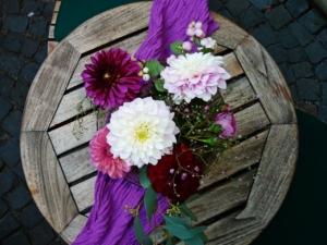 プリザーブドフラワーのプレゼントは意味も大事?主な花の意味を紹介