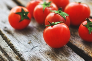 トマトの旬は夏じゃない?本当においしい時期と選ぶポイントを紹介
